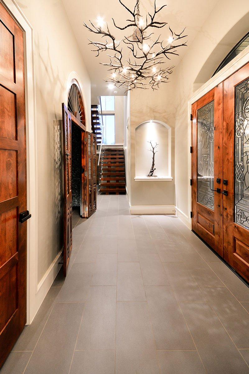 0.1T-5618CV-Foyer