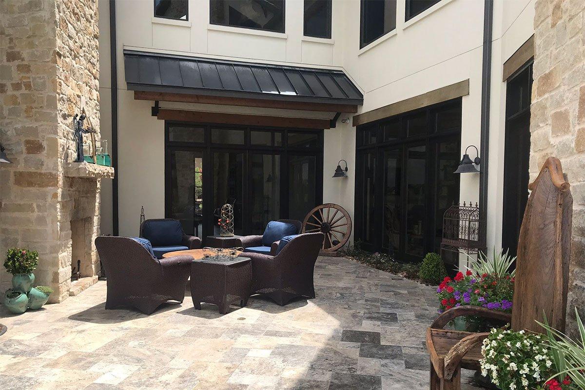 1.5N-5706LV-Courtyard-Wide