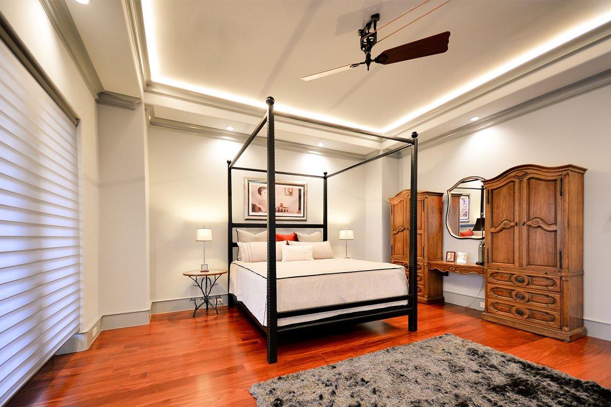 13N-5618CV-Master-Bed