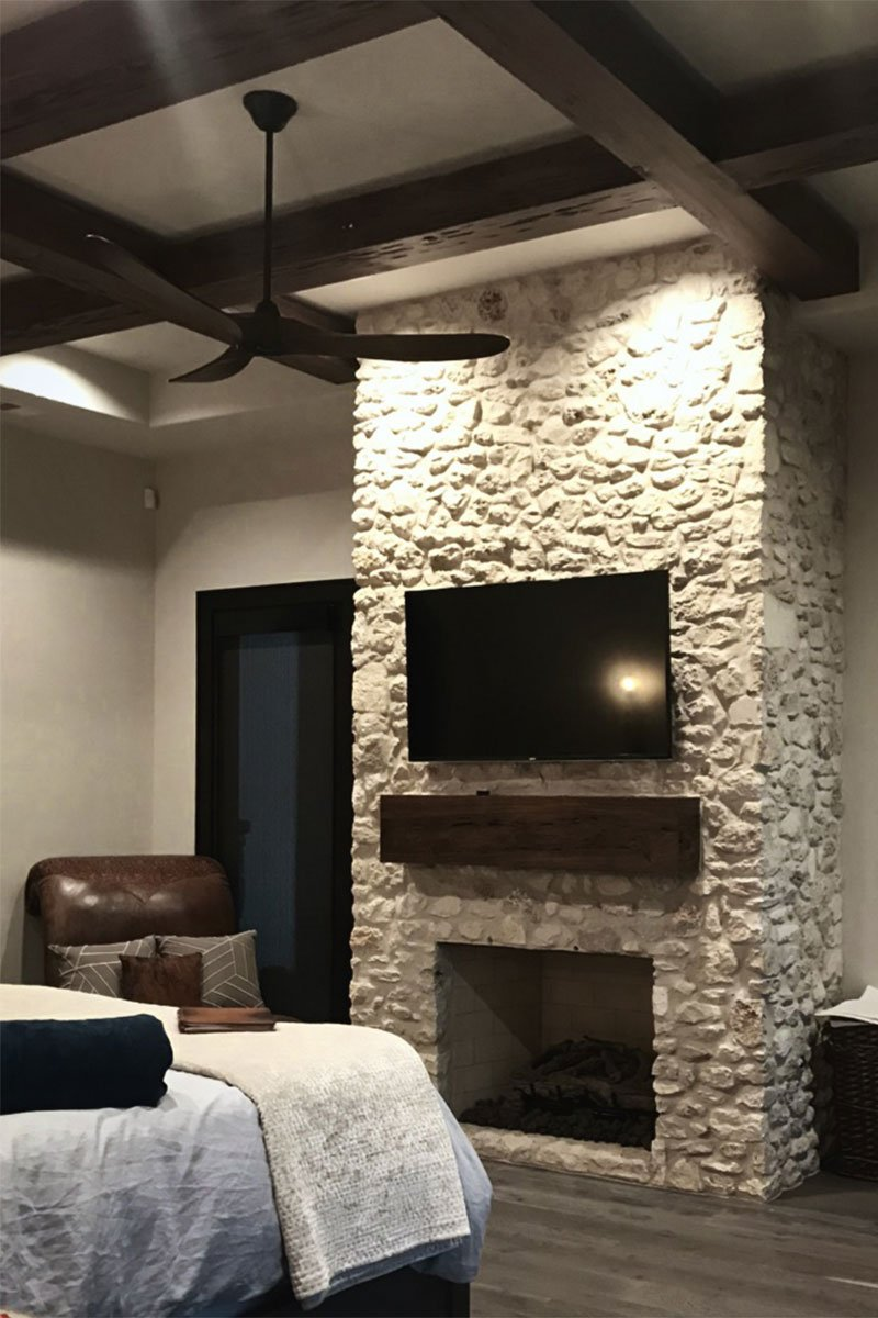 2.4T-5706LV-Master-Fireplace