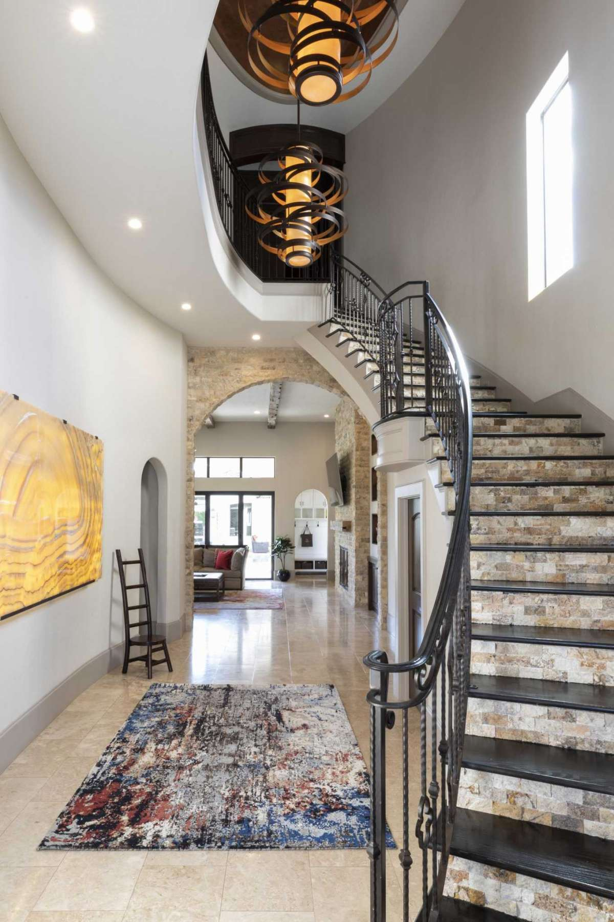 11 Entry Foyer Onyx