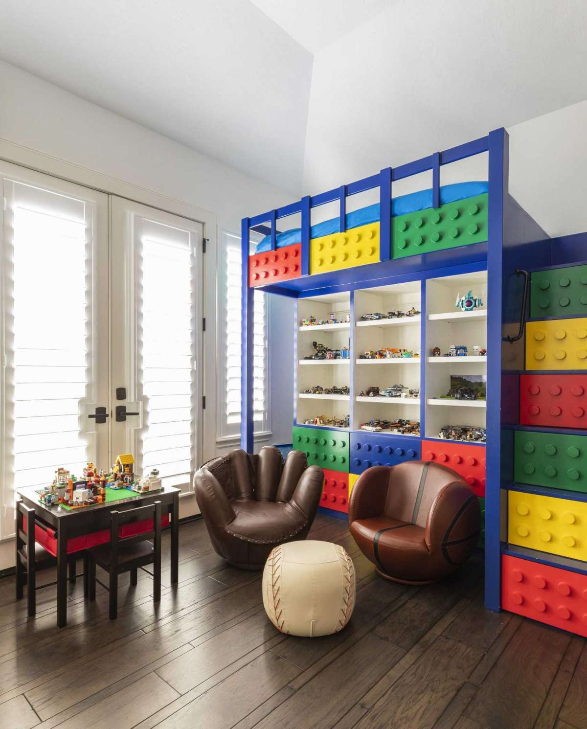 20 Lego Bedroom
