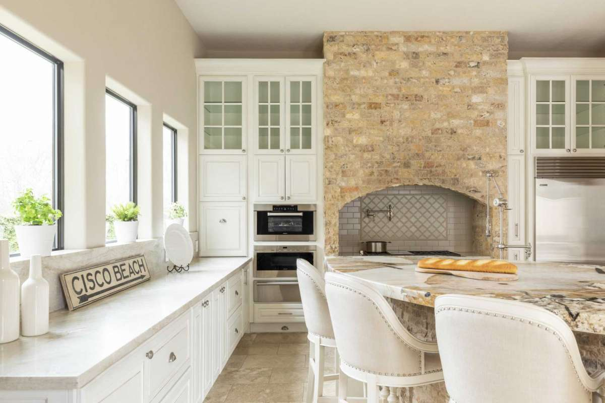 6 Kitchen Stone Range Hood